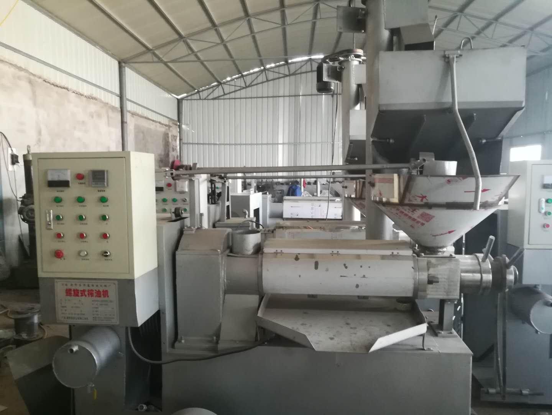 河南榨油机—螺旋榨油机
